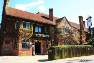 отель Montagu Arms