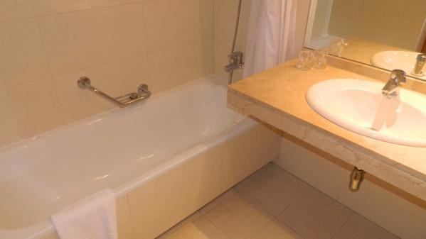 Ванная комната в номере Отеля Concordia Silken