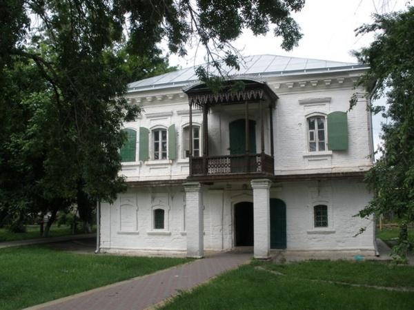 Дом Жученковых