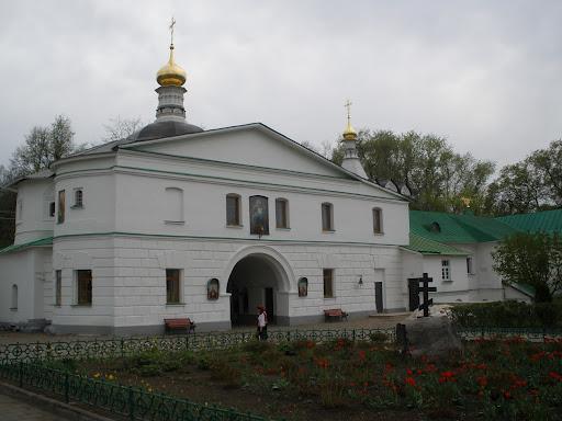 входная группа монастыря