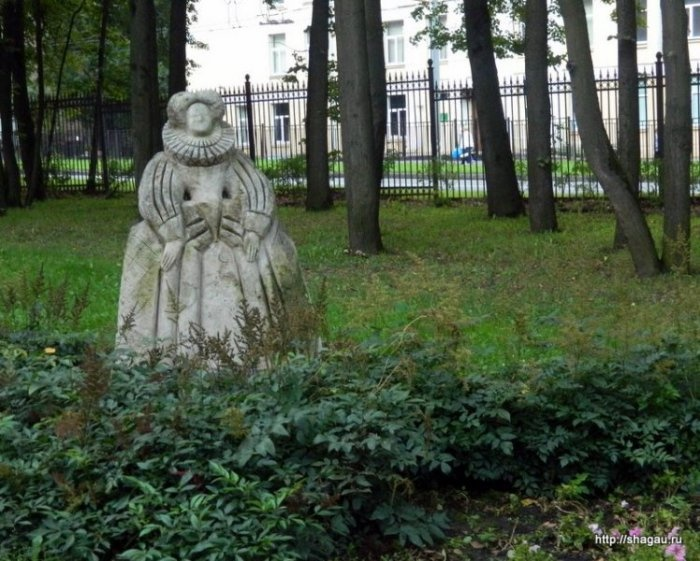 Парк театральных скульптур в Останкино
