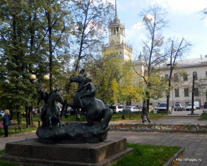 Скульптура Купание коней