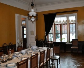 Столовая на первом этаже, Усадьба Л.Н. Толстого в Хамовниках