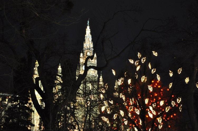 Ночная подсветка Ратуши