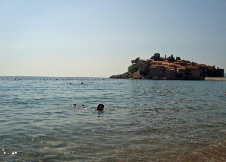 Море около Свети Стефан