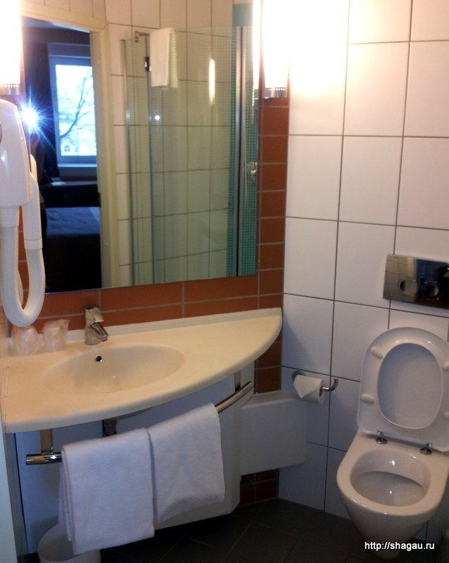 Ванная комната в отеле Ibis