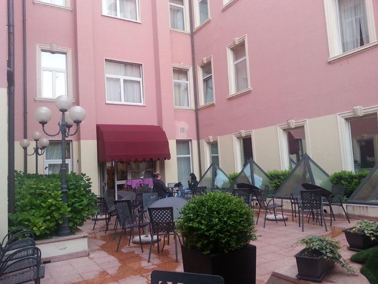 Внутренний двор Grand Hotel Verona