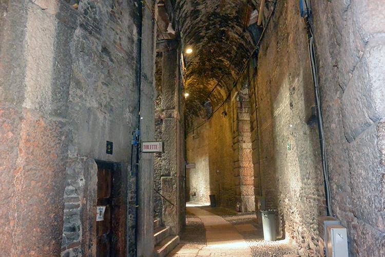 Арена римский амфитеатр Верона колизей