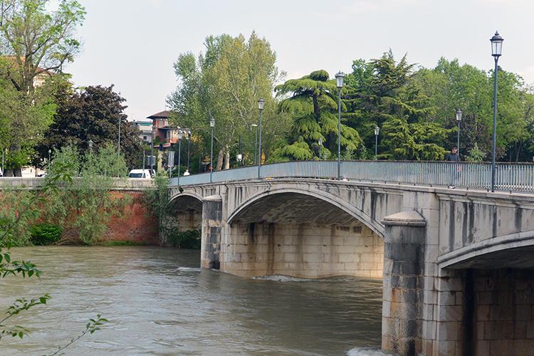 Мост Верона