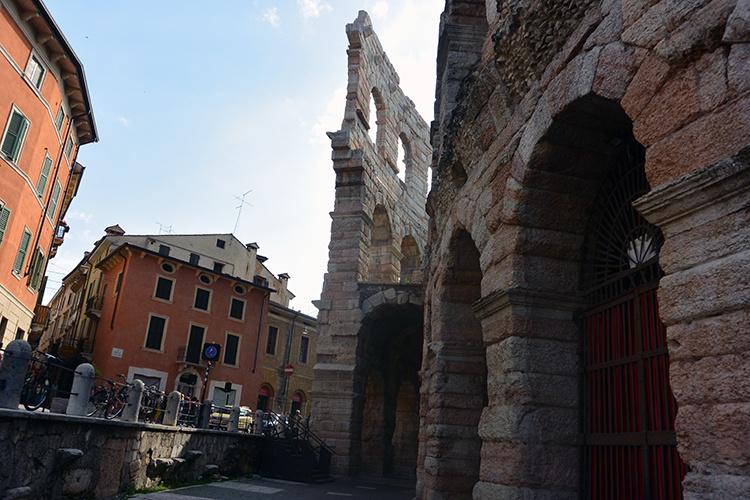 Арена римский амфитеатр Верона