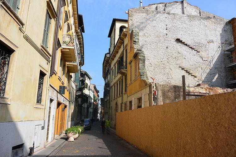 Улицы и балконы Вероны