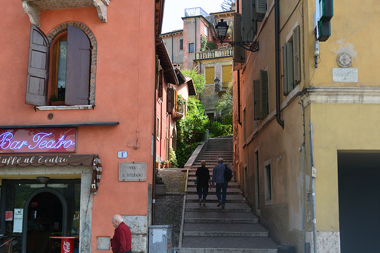 Город Верона Италия