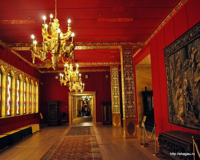 Один из залов Дворца