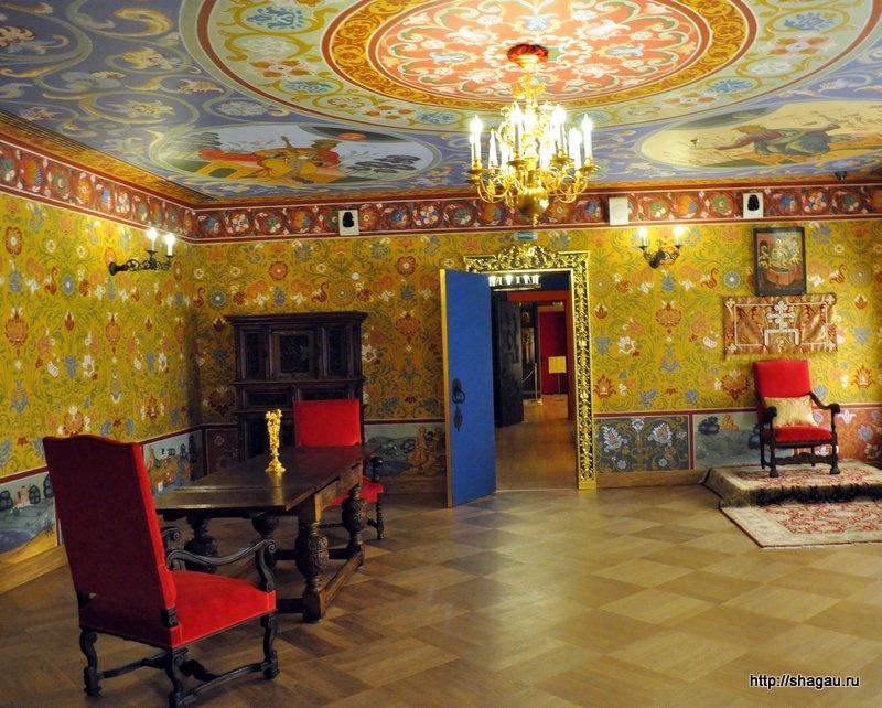 Тронный зал в покоях царицы