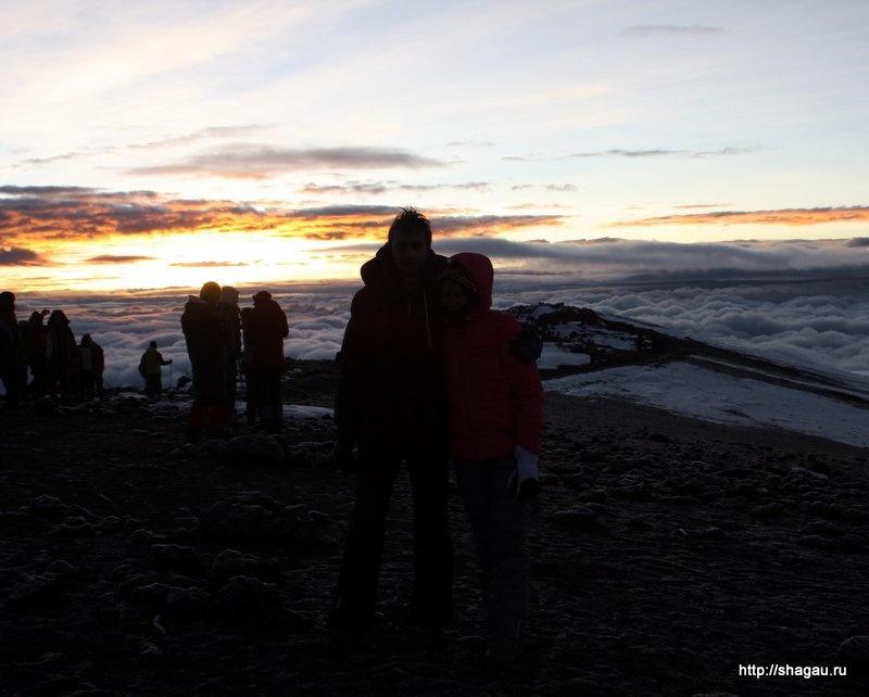 Рассвет на Килиманджаро
