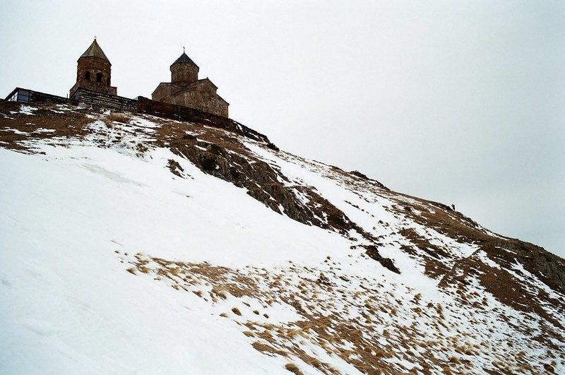 Церковь в горах, Грузия