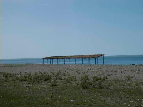На пляже Дома отдыха Кудры