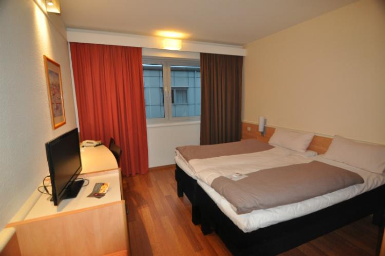 Отель Ibis Graz