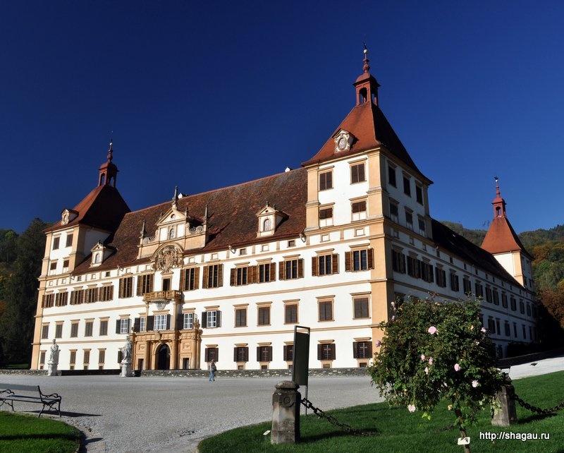 Дворец Эггенберг в Граце