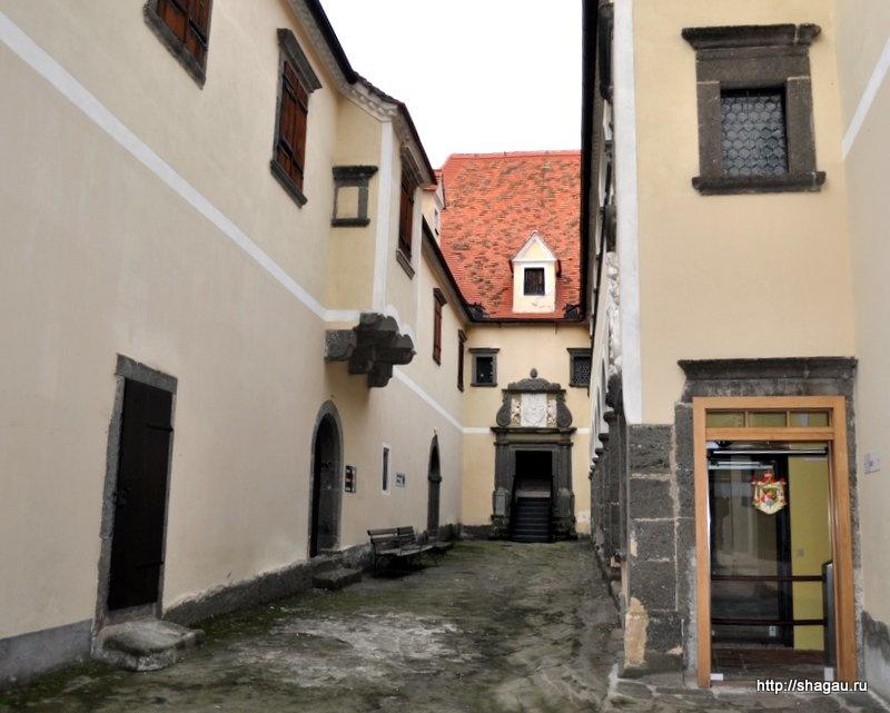 Внутренний двор замка Ригерсбург