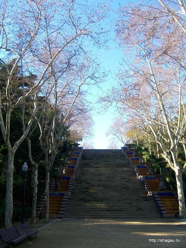 В парке Монжуик