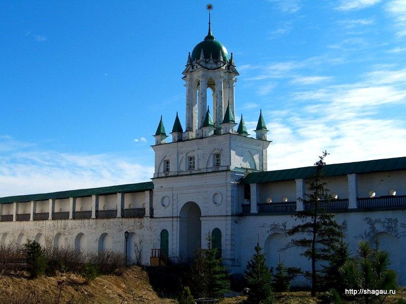 Спасо-Яковлевский монастырь в Ростове Великом
