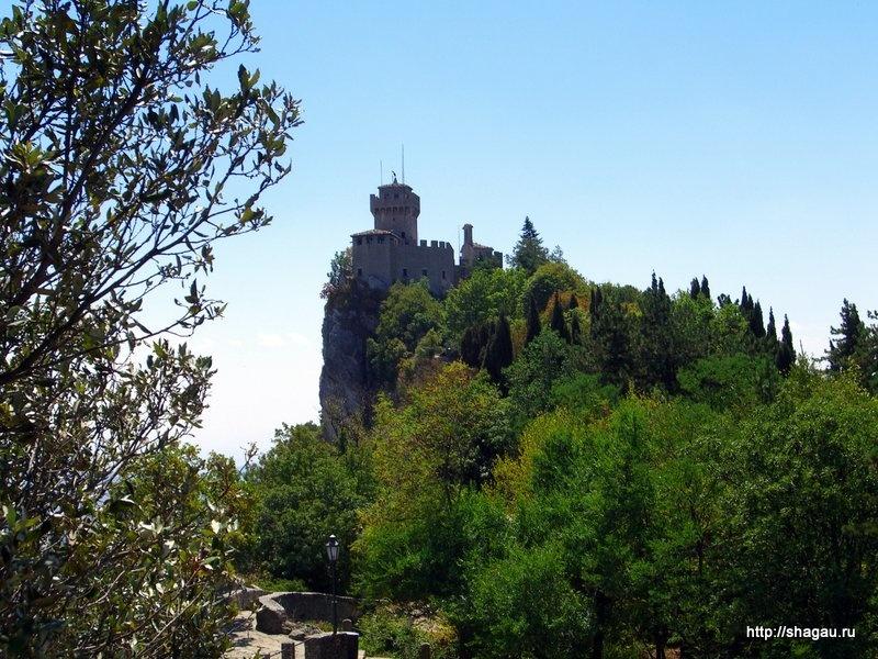 Город-замок Борго-Маджоре