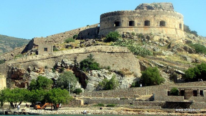 Как вам крепость на Крите?