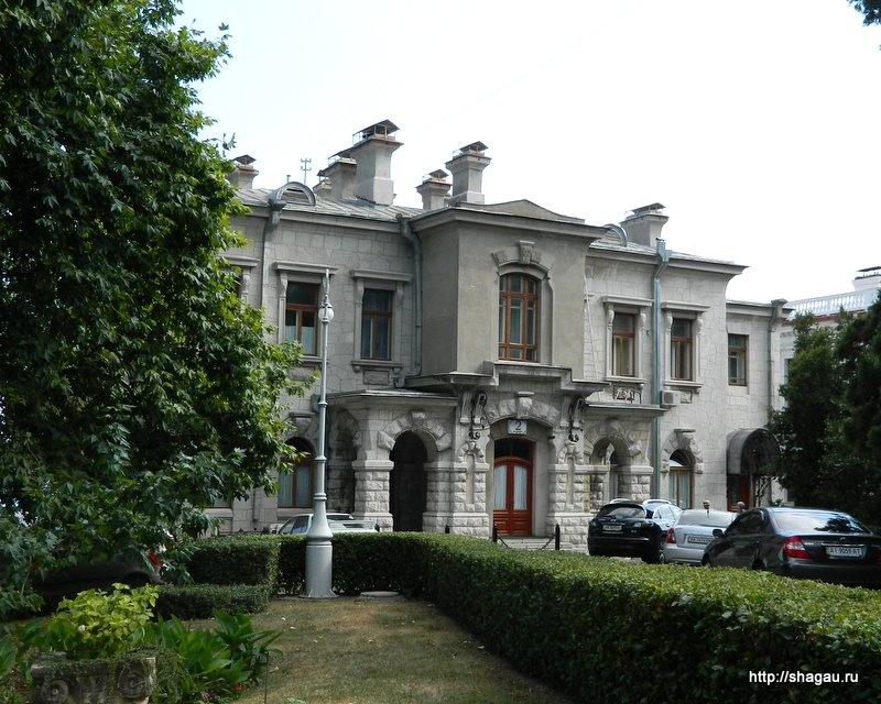 Флигели Ливадийского дворца