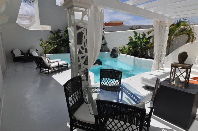 Katis style villas