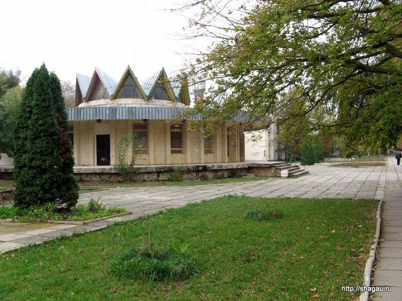 Улица Курортная, Саки, Крым