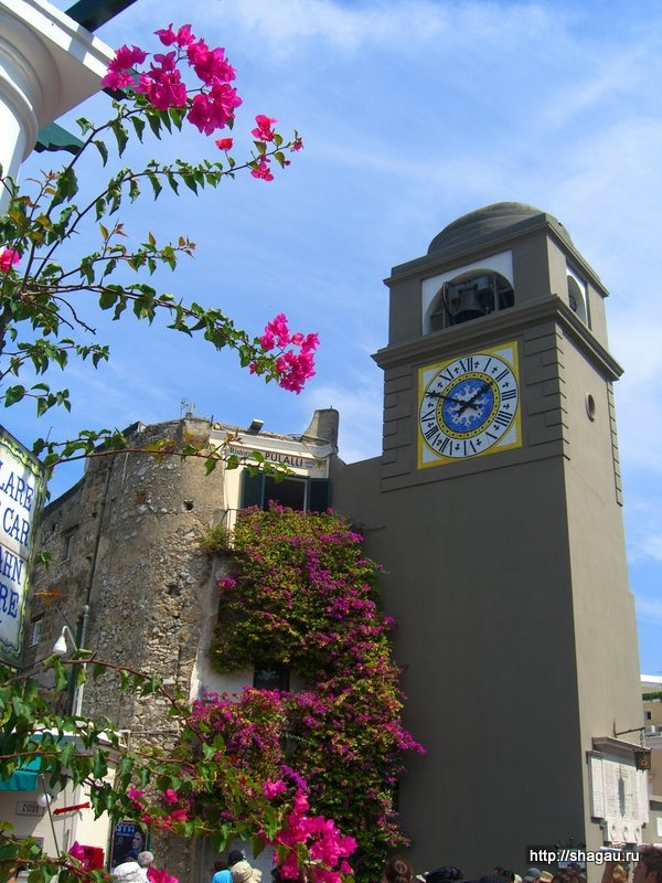 Башня с часами, остров Капри
