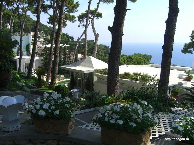 На улицах острова Капри