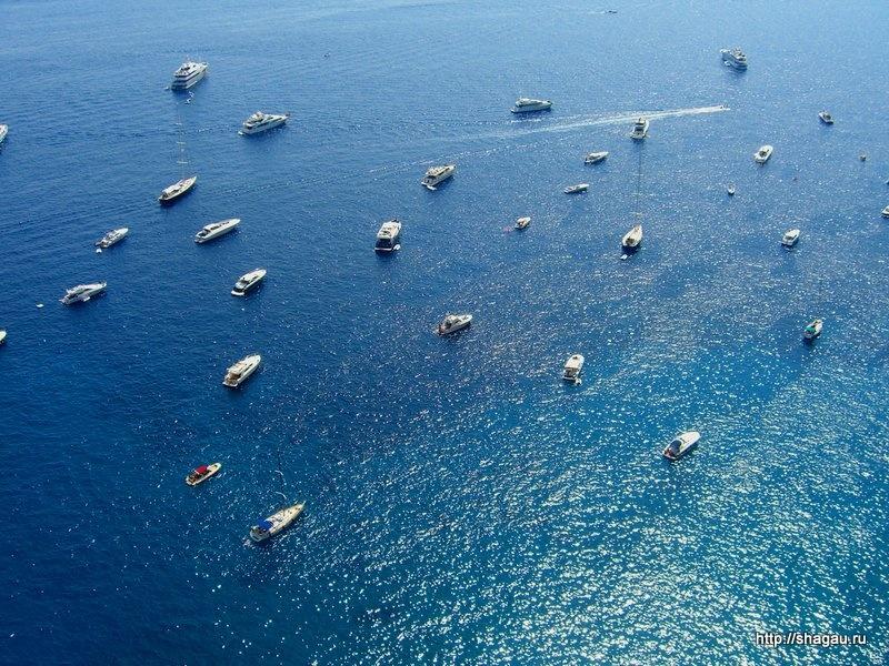 Яхты около Капри