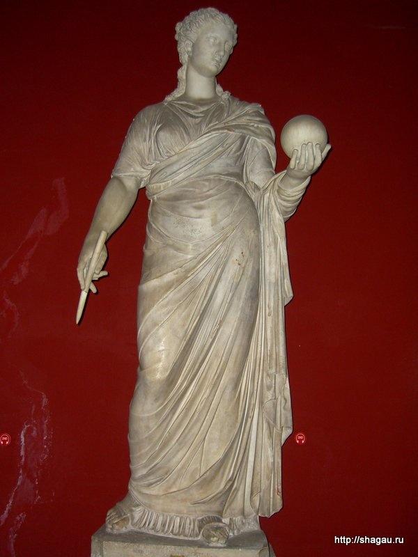 Скульптуры в зале муз, Ватикан