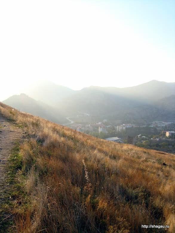В горах около Судака