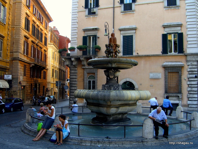 Рим. Фонтан на площади Арачелли