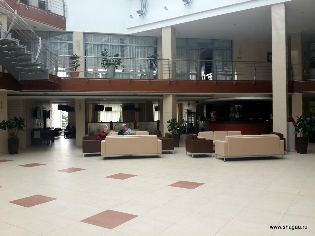 Холл отеля Онега Палас