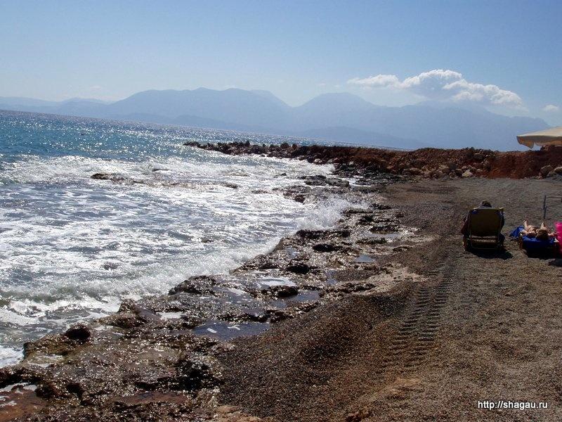 Крит. Пляж около отеля