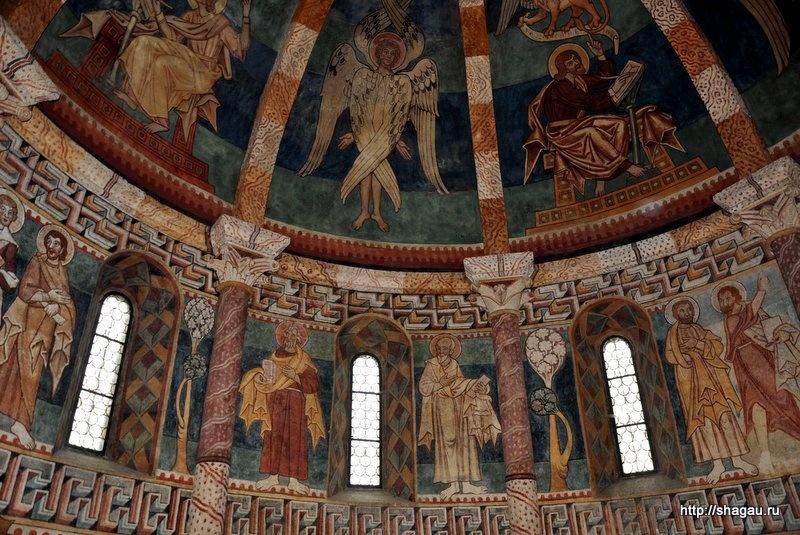 Карнер. Фрески 12-го века