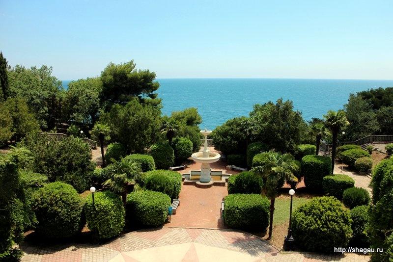 Гаспра. Вид на море из парка санатория Украина