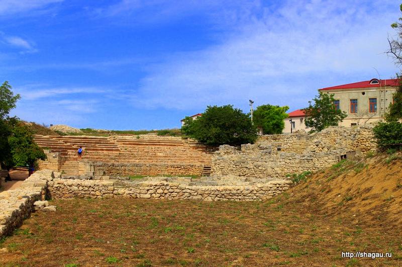 Херсонес. Остатки древнего театра