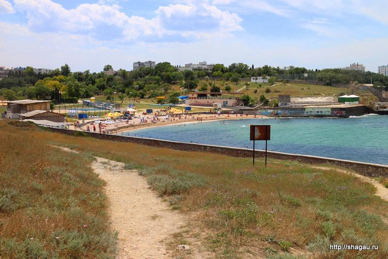 Пляж солнечный