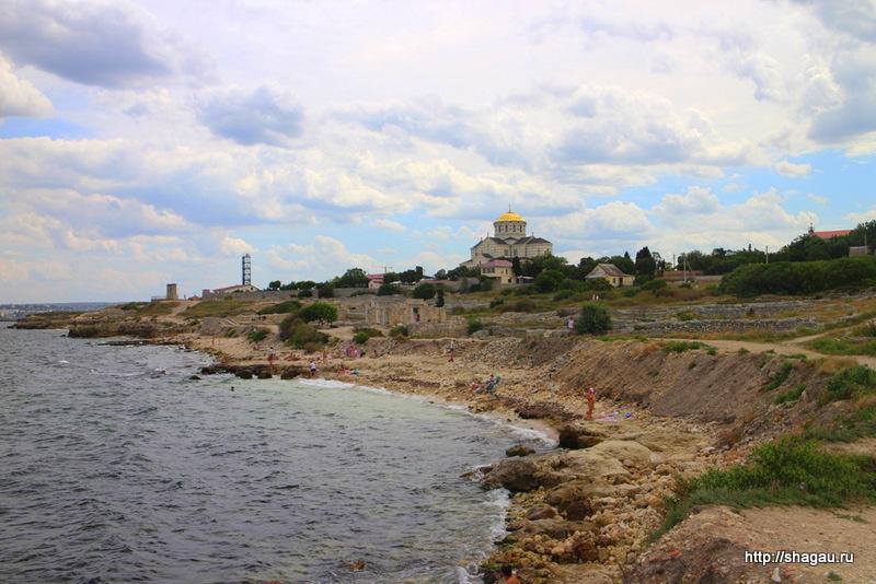 Пляжи рядом с руинами Херсонеса