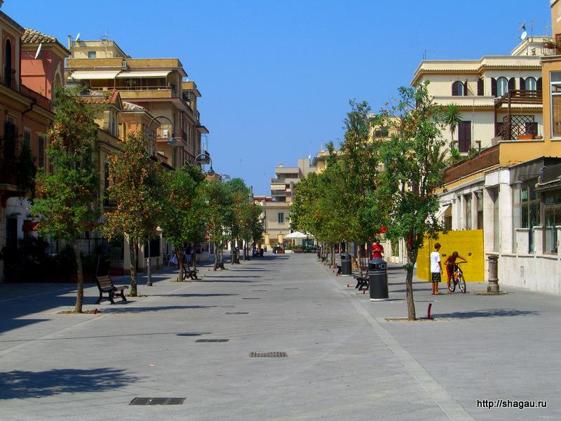 На улицах города Лидо ди Остия