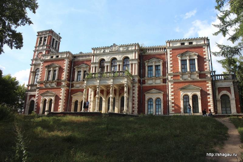 Главный дом усадьбы Быково