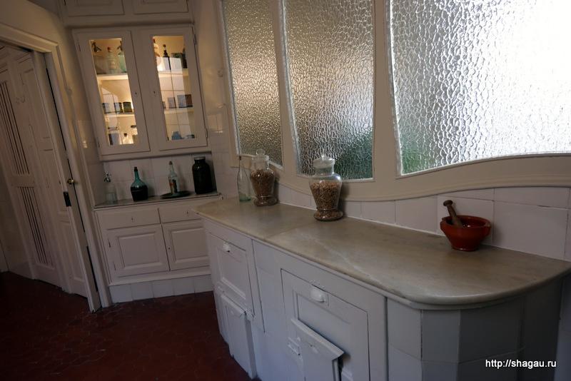 Кухня в доме Мила
