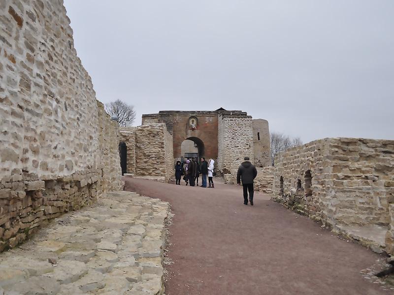 Никольские ворота и захаб