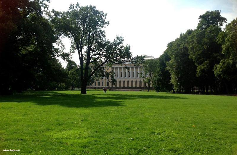 Сад Михайловского замка