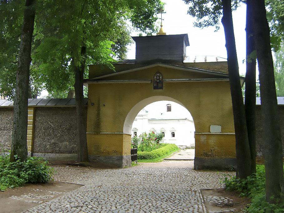 Ворота к храму